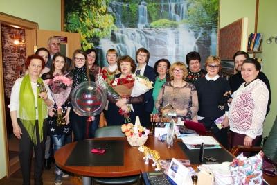 Ветераны и молодежь нотариата поздравили Е.В. Терскую с юбилеем