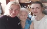 Нотариус Красноярска поздравила старейшую жительницу города